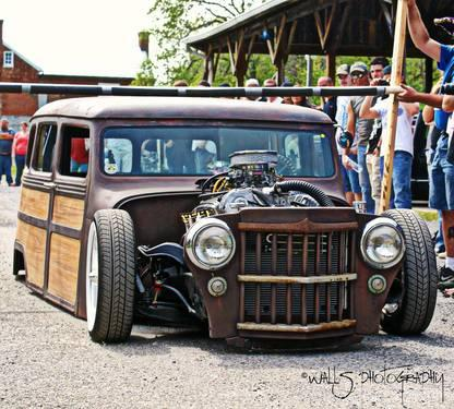 Custom Willys Wagon http://roanoke-va.americanlisted.com/24019/cars/1959-custom-willys-woodie-wagon-rat-street-rod-sell-or-trade_22491719.html
