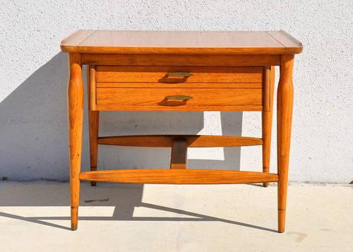 1960s Mid-Century Danish Modern Side End Table Vintage