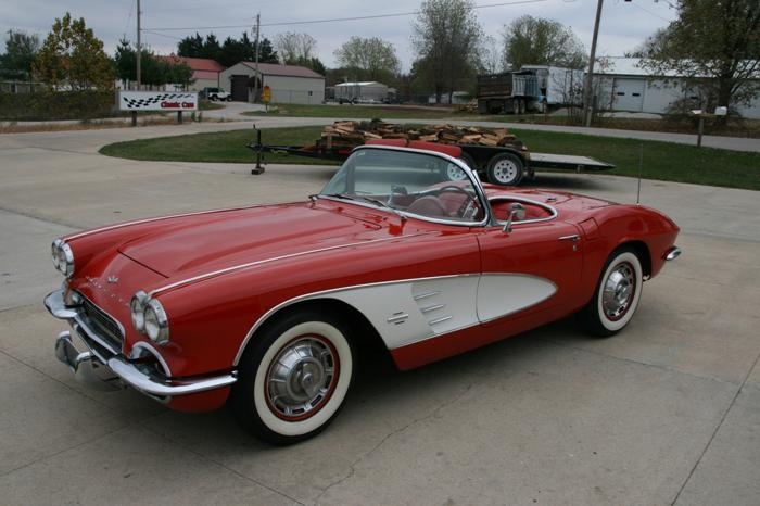 1961 Chevrolet Corvette  4 SPEED ROMAN RED