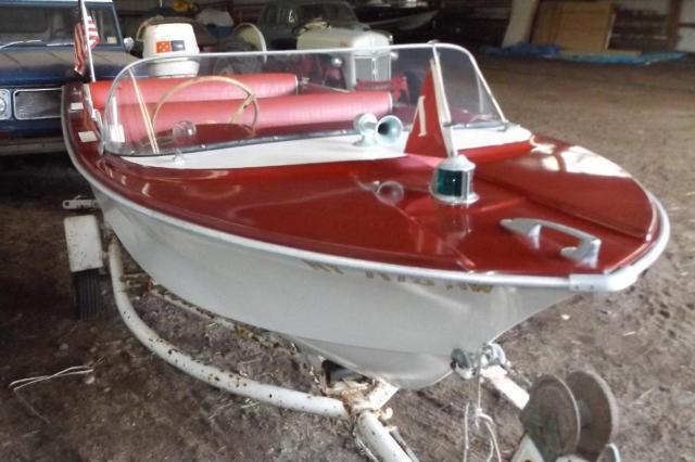 1962 Crestliner Mustang 14 Runabout 14 Foot 1962 Boat