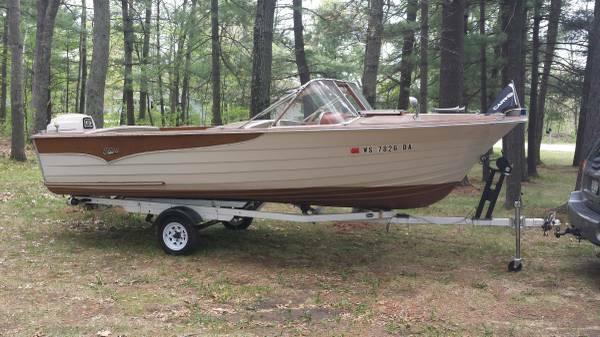 1963 Carver Wood Boat 4000