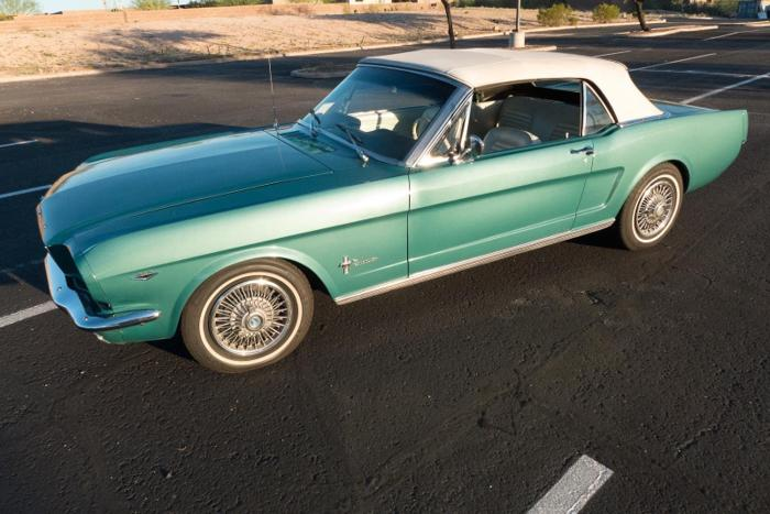 1964 ford mustang convertible for sale in springfield massachusetts classified. Black Bedroom Furniture Sets. Home Design Ideas