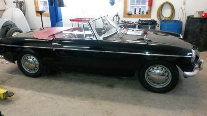 1964 MG MGB 2 Door Convertable Rwd