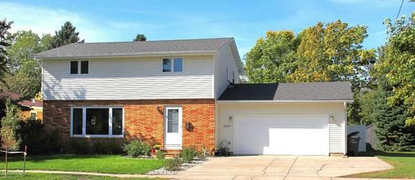 1696ft 178 Lovely House With Plenty Of Upgrades Plus An
