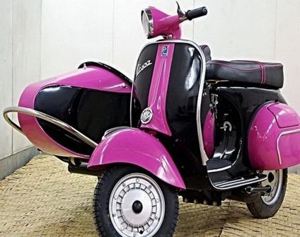 1966 black and pink vespa 150 scooter with sidecar for sale in los angeles california. Black Bedroom Furniture Sets. Home Design Ideas