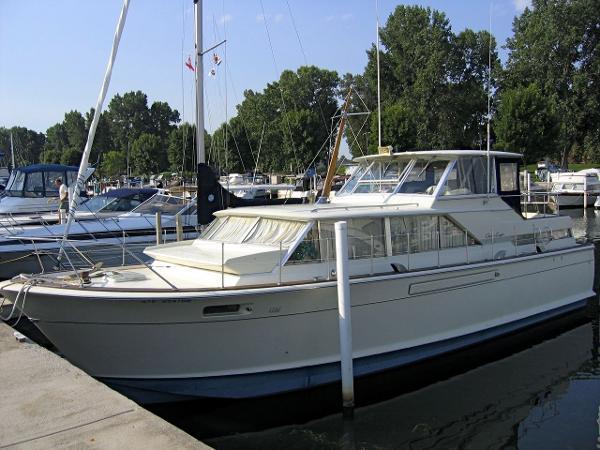 1967 Chris Craft 42 Commander Motor Yacht 42 Foot 1967