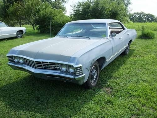 1967 impala 4 door hardtop no post 67 chevrolet chevy impala read mor for sale in quebeck. Black Bedroom Furniture Sets. Home Design Ideas