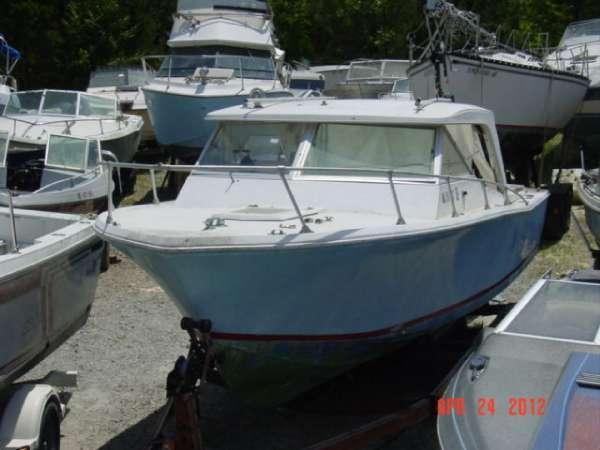 1968 Cobia Boats C24CC Vantage Hardtop twin Mercruiser 120