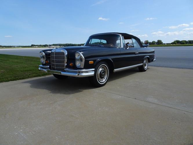 1968 Mercedes-Benz 280 SE 2 Door Convertible