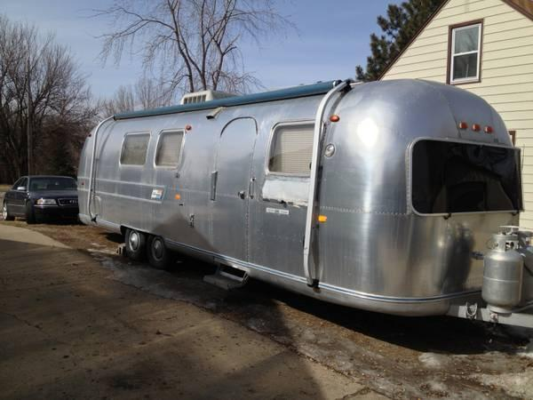 1969 Airstream International Land Yacht Sovereign in Minot