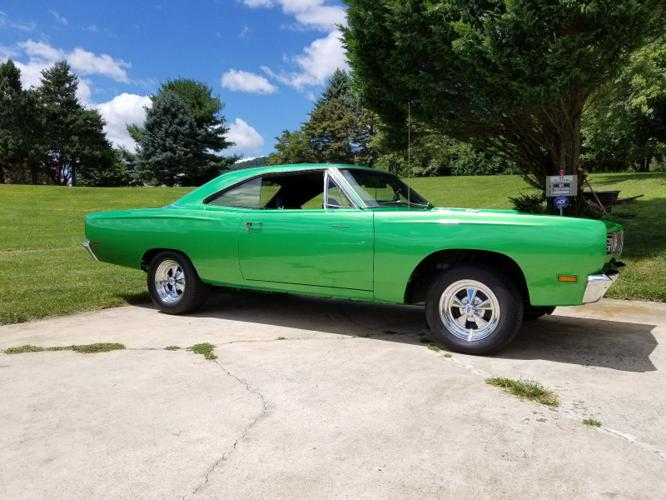 1969 Plymouth Road Runner RM23 Green