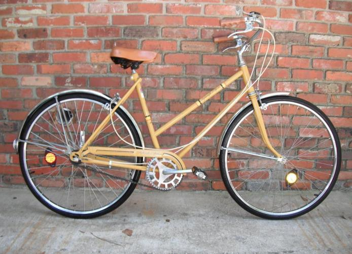 1970s Ladies 3 Speed Bike NICE!!! - $100 (Tallahassee )