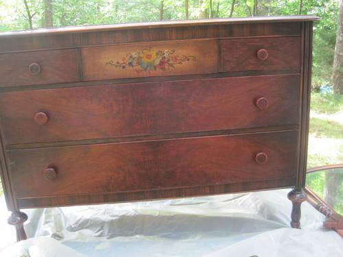 1971 Antique Sleigh Bed W Dresser For Sale In