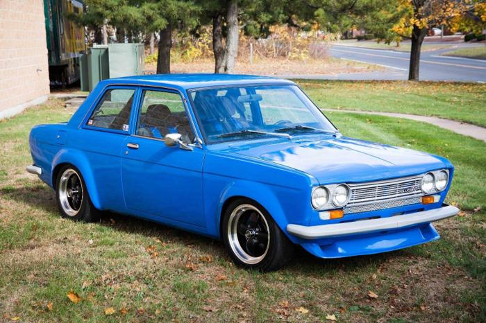 1971 Datsun 510  Voodoo Blue Coupe