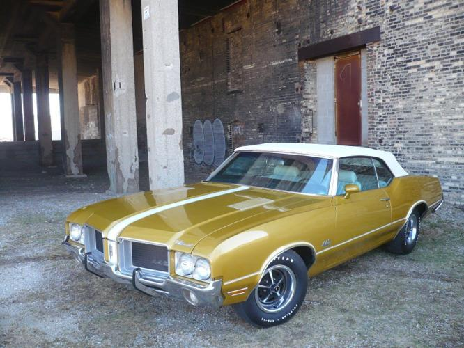 1971 Oldsmobile 442 Convertible SURVIVOR