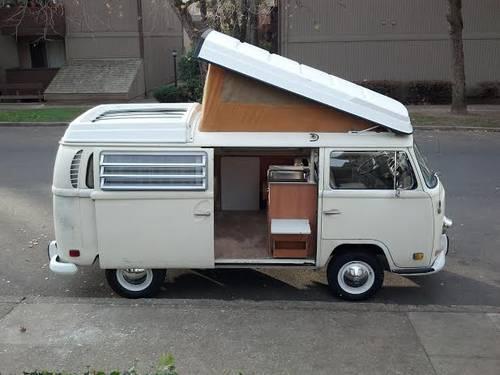 Awe Inspiring 1971 Vw Westfalia Pop Top Campmobile Bus For Sale In Evergreenethics Interior Chair Design Evergreenethicsorg