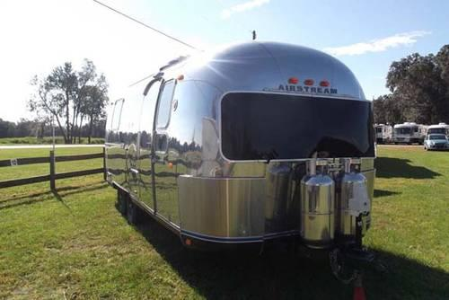 1972 Airstream Safari 23' for Sale in Summerfield, Florida