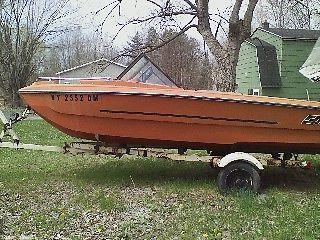 1972 MFG 16FT OPEN BOW BOAT WITH TRAILER
