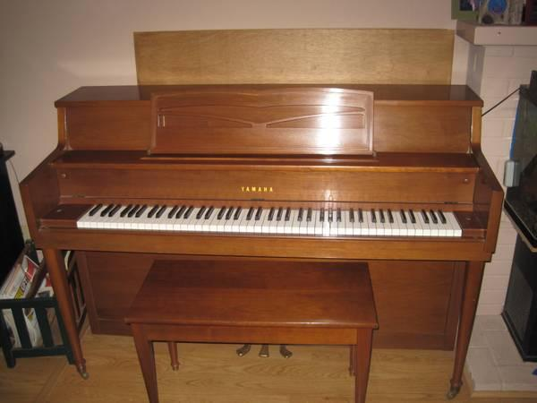 1972 yamaha upright piano for sale in chico california for Yamaha upright piano models