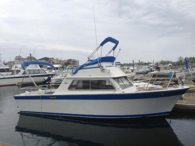 1973 25ft luhrs cabin cruiser 1973 boat in brooklyn ny 4427675591 used boats on oodle
