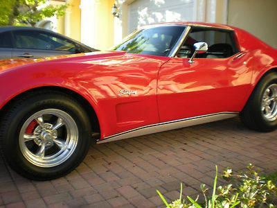 1973 Corvette Stingray,red 4 speed