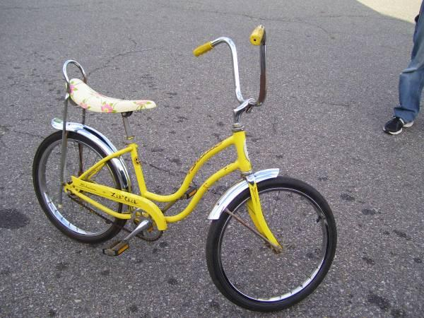 1973 Schwinn Sting Ray Banana Seat Bike 1 Family Owned Rare Parts EXC - $180
