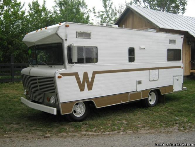 1973 Winnebago Brave 22 ft