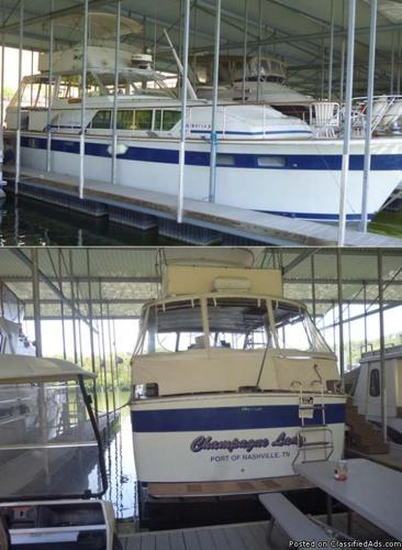 1974 45' Chris Craft Commander