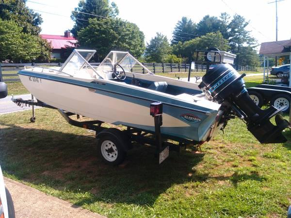 1974 Glastron 15 FishSki Boat - $2000