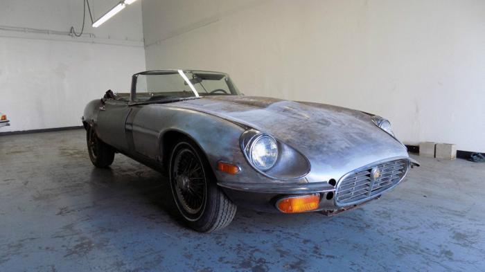 1974 Jaguar XK 2 DOOR ROADSTER MATHCING NUMBERS