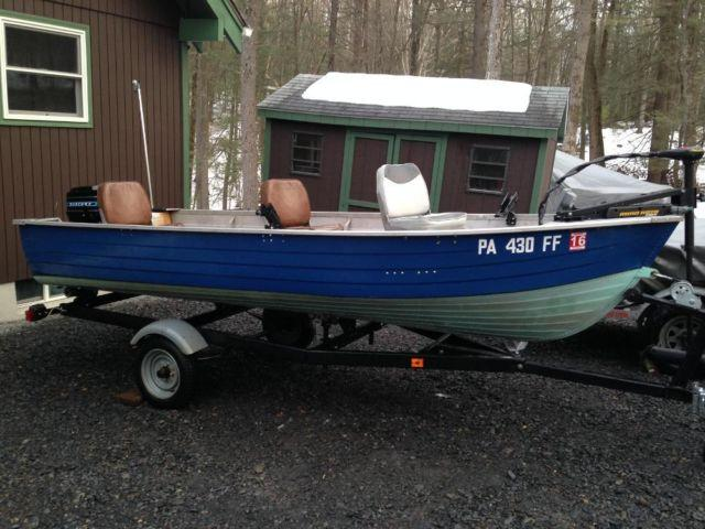 1974 Mirro-Craft 14 ft V-bottom boat with trailer and