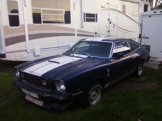 1976 ford mustang cobra 2 302 engine blue white racing stripes for sale in wildomar. Black Bedroom Furniture Sets. Home Design Ideas