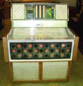 1976 Rowe R-80 Jukebox - $700 (Lexington)