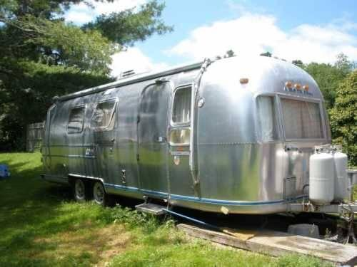 1977 airstream land yacht travel trailer in swansea ma for sale in swansea massachusetts. Black Bedroom Furniture Sets. Home Design Ideas