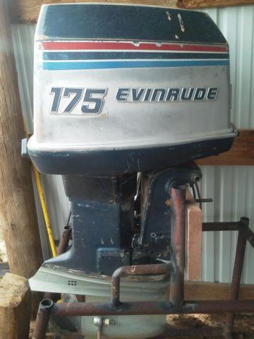 1977 evinrude 175hp outboard motor 1977 boat in for Used 175 hp outboard motors for sale