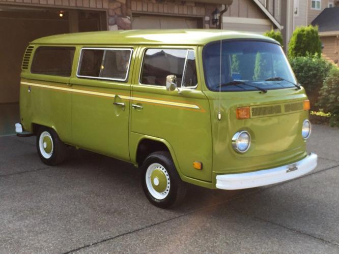 1977 Volkswagen Bus/Vanagon Weekend Camper Transporter