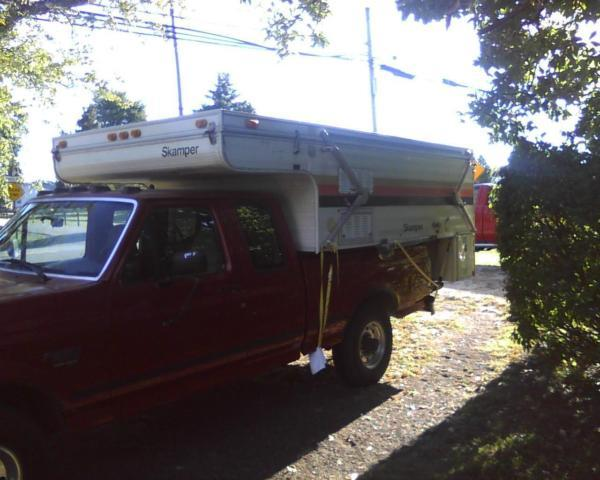 1978 Skamper pop up slide in truck camper