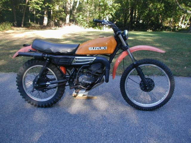 Bike dirt suzuki vintage