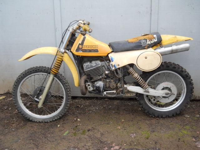 1979 SUZUKI RM400 VINTAGE MOTOCROSS MOTORCYCLE