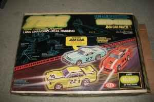 1979 TCR vintage slotless car racing track - $10 (SE
