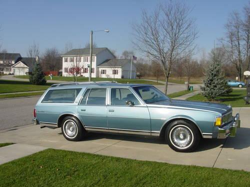 1979 Chevrolet Caprice Classic 8 Passenger Station Wagon