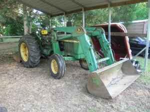 1979 John Deere 2240 w/frontend loader and Bushog - $8500 (York,sc)