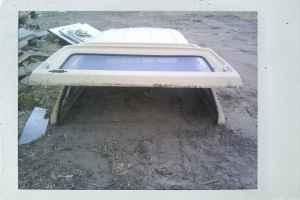 1980s Ford Longbed topper - $200 (commerce city)