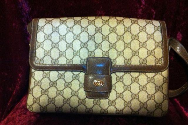 230af5b5e2d19 1980s VINTAGE GUCCI BAG for Sale in Yonkers, New York Classified ...