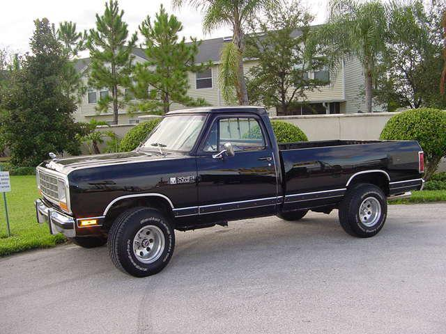 1981 dodge pickup 4x4 orig owner since new for sale in tampa florida classified. Black Bedroom Furniture Sets. Home Design Ideas