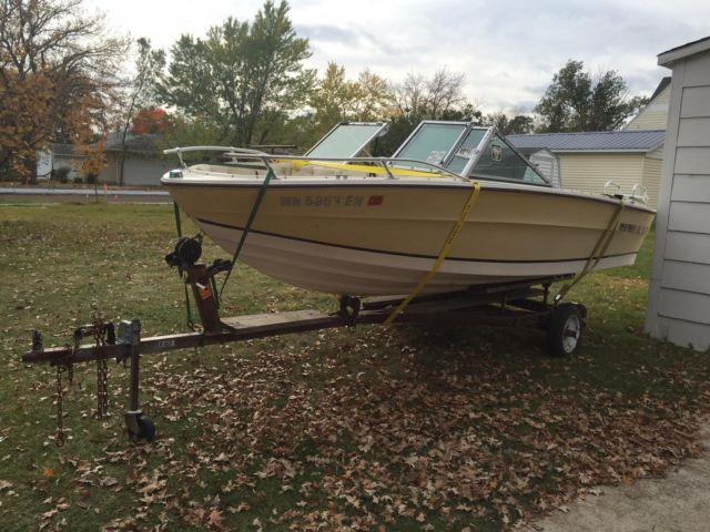 1981 marquis fiberglass boat 17 foot 1981 fishing boat for Used fishing boats for sale mn