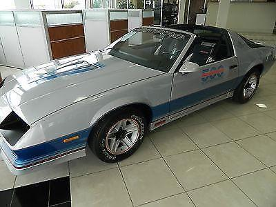 1982 chevrolet camaro official indianapolis 500 pace car. Black Bedroom Furniture Sets. Home Design Ideas