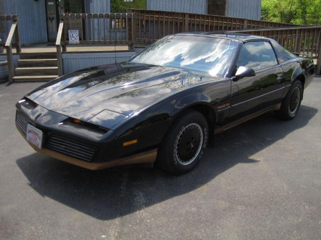 1982 pontiac firebird trans am for sale in zanesville. Black Bedroom Furniture Sets. Home Design Ideas