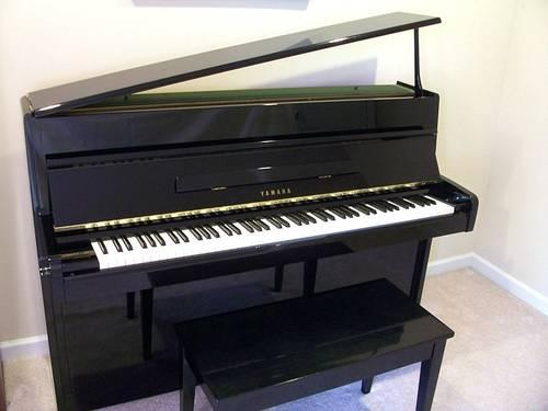 1982 yamaha m1a upright baby grand piano for sale in