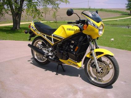 1984 Yamaha RZ350 Kenny Roberts Edition